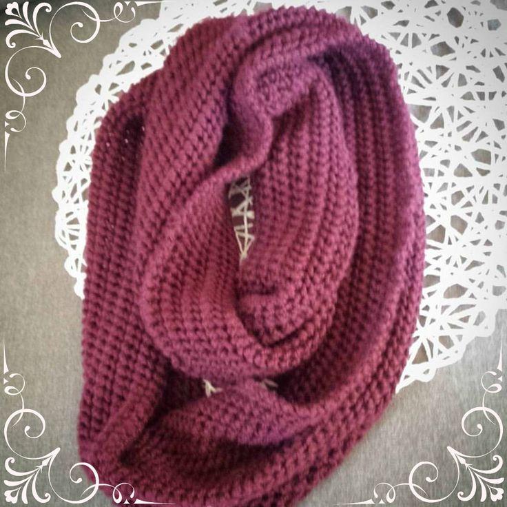 http://blinkblackburn.com/a-school-scarf-for-miss10/