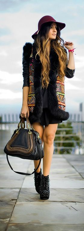 Boho Chic Style outfit clothing women apparel fashion black summer hat handbag