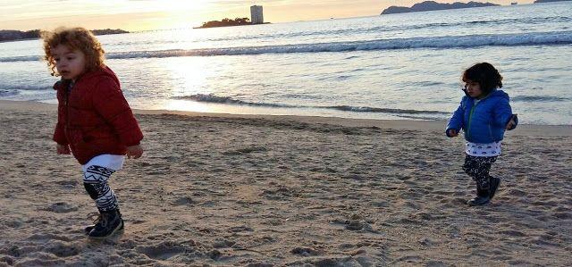 Mi Mundo con ellos Tres: Cómo fue nuestra experiencia en la Playa de Samil ...