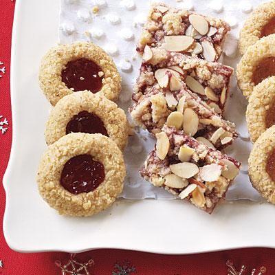 Easy Christmas Cookies: Raspberry-Almond Bars