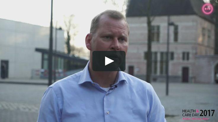 In 2009 werd Eric van 't Zelfde directeur van een van de slechtste scholen van Nederland. Van 't Zelfde pakte de problemen buiten de gebaande paden aan.…
