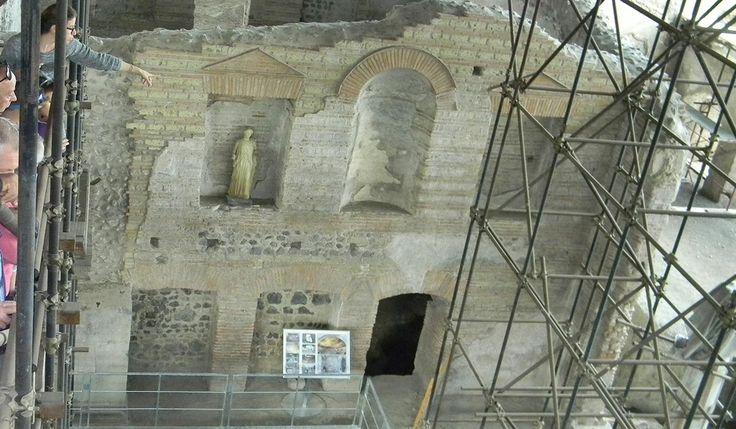 Somma Vesuviana: gli incredibili scavi della villa di Ottaviano Augusto http://www.vulcanosolfatara.it/it/news-eventi/blog-vulcano-solfatara-pozzuoli/337-somma-vesuviana-gli-scavi-della-villa-di-ottaviano-augusto #vesuvio #ottavianoaugusto #villaaugusto #augusto #pompei #scavidipompei #sommavesuviana #scavisommavesuviana #archeologia #scienza #solfatara #vulcanosolfatara #vulcano #vulcanovesuvio #napoli