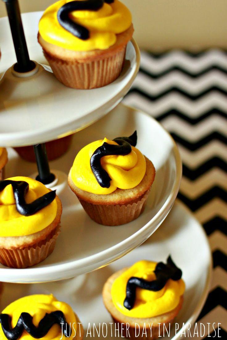 62 best Charlie Brown Birthday :)) images on Pinterest
