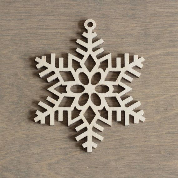 Wooden Snowflake 10 cm Christmas Decoration Laser by MemelCraft