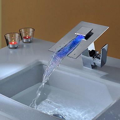 Modern Inbouw LED Waterval with Keramische ventiel Single Handle Een Hole for Chroom Wastafelkranen