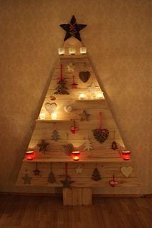 De winnende kerstboom van 2011, gemaakt door Irma Bonte! Alternative wooden christmas tree.