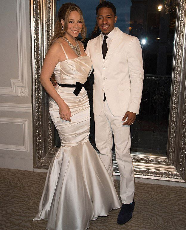 Celebrity Wedding Vows Examples: Mariah Carey And Nick Cannon Renew Their Vows For The