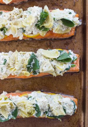 Just like artichoke and spinach dip this salmon is made with artichokes, spinach, greek yogurt, and parmesan. Super flavorful and easy salmon dinner!