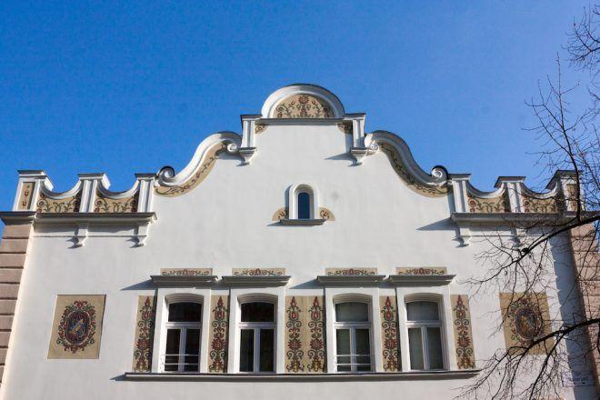 Ismeretlen Budapest: a Monarchia első izzógyárából lett sörraktár, ami ma Európa legnagyobb világi buddhista központja | 24.hu