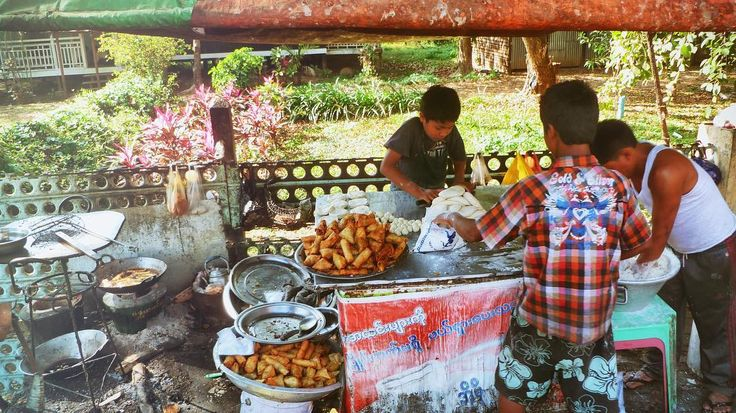 Street food Myanmar #sittwe #myanmar #food  #foodtour #yummy #delicious #eat #streetfood #foodadventures #tastetravel #tastetravelfoodadventuretours #sunshinecoast #australia #holiday #vacation #instafood #instagood #followme #localsknow #foodandwine #foodiefeature #lovefood #tastingtable