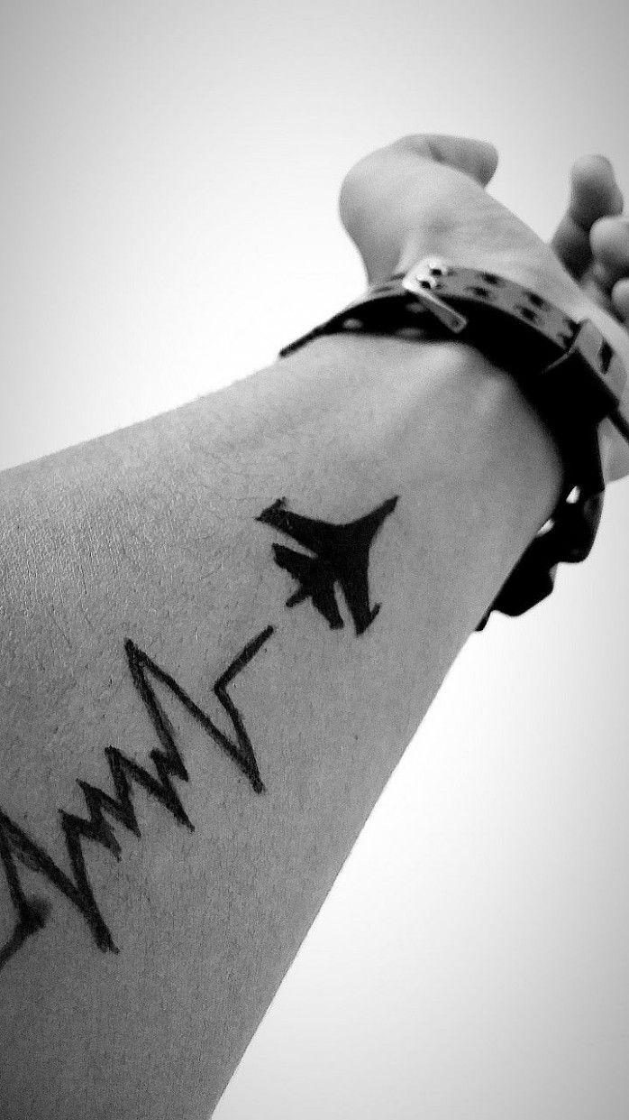 Tattoos by Madia Small henna tattoos, Small henna, Henna