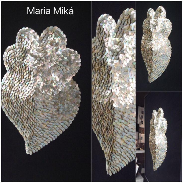Quadro Coração de Viana com 880 botões de madrepérola by Maria Miká