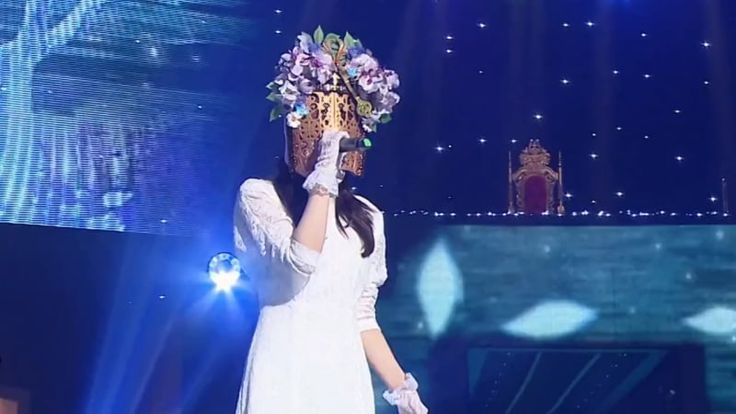 """Watch: Popular Actress Wows The Audience On """"King Of Masked Singer"""""""