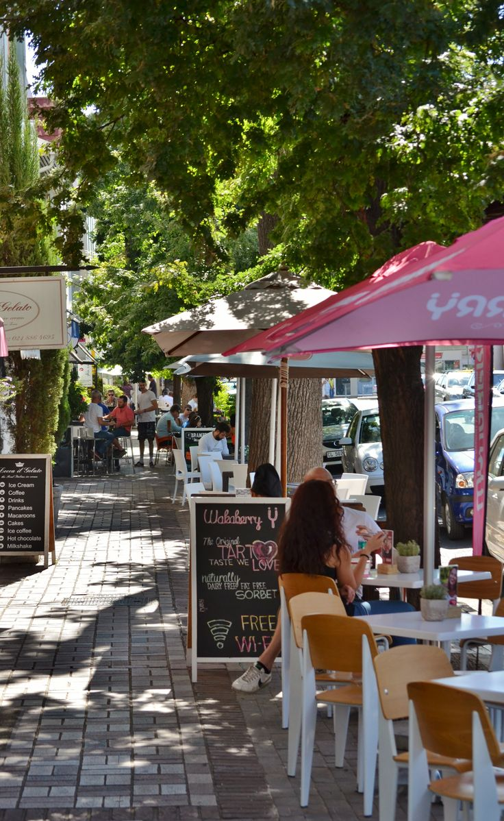 Cafe culture in #Stellenbosch is BIG - with a choice of excellent #coffeeshops all around.