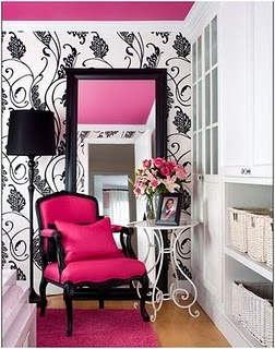 Black & White Wallpaper + your fav bright color on the ceiling = statement! -- not a huge fan of the pink... but this would look magnif with a teal color, or either gold or silver...