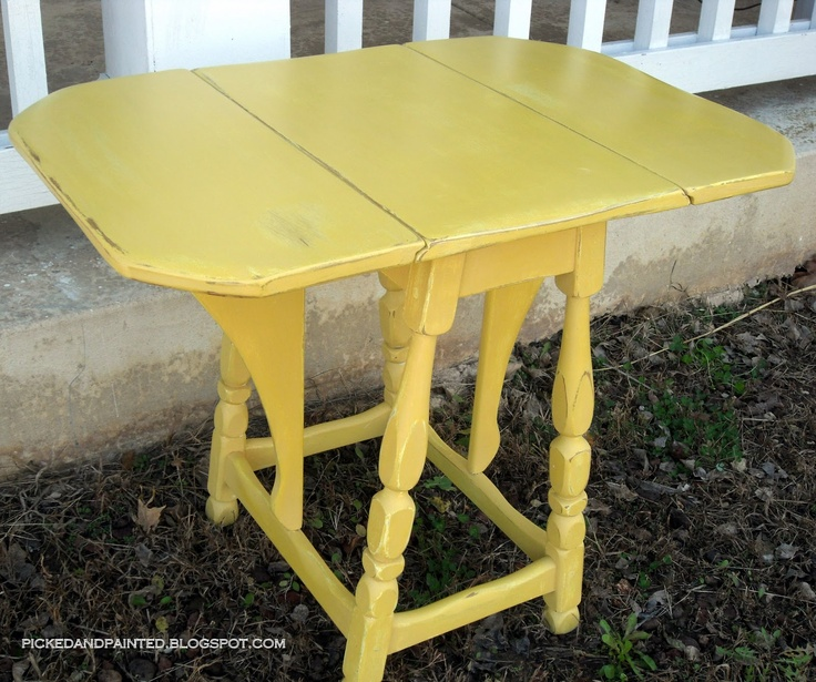 17 best images about yellow like sunshine on pinterest for Yellow painted table
