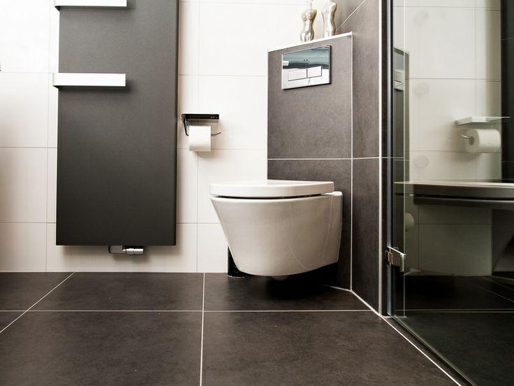 grote vloertegels toilet - Google zoeken