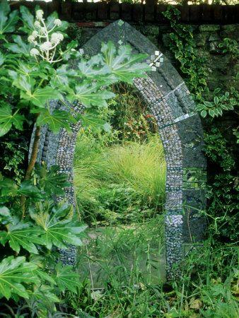 Mirror for your secret garden