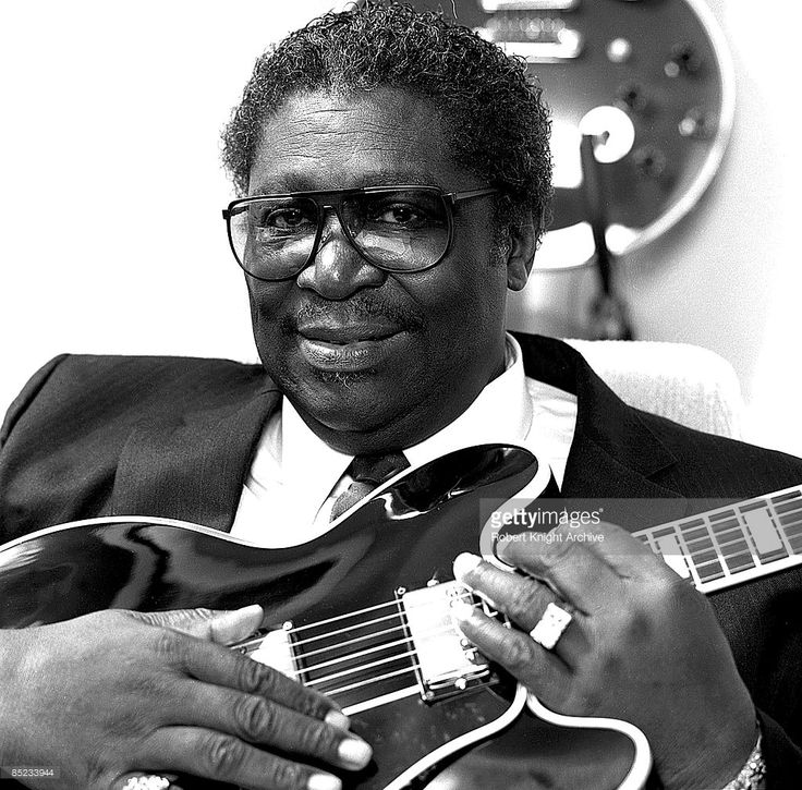 Photo of BB KING  (Photo by Robert Knight Archive/Redferns)
