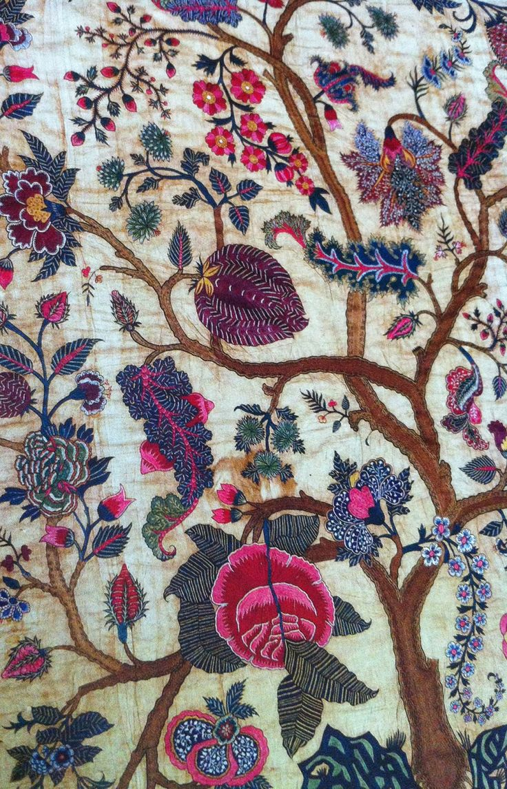 Embroidered Coromandel Coast palampore, mid-18th century. Cotton with silk thread