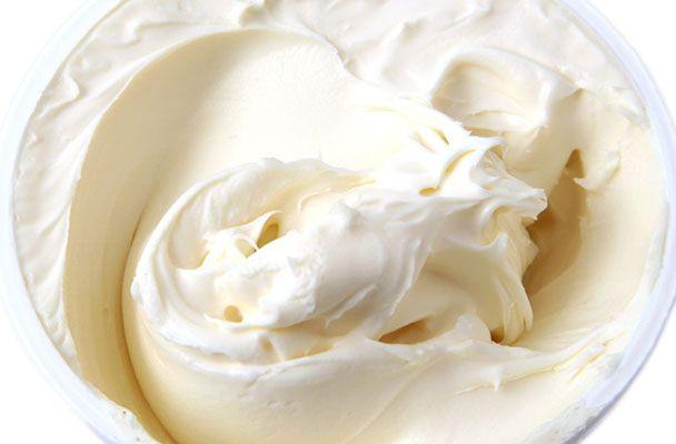 Crema di mascarpone all'antica - Questa versione della crema di mascarpone è la ricetta di una volta, quella che si tramandava nelle famiglie milanesi
