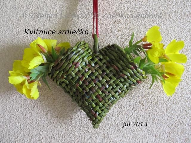 Basket Weaving Plants : Kvitn?ce srdie ko http artmama sme sk papierove pletenie
