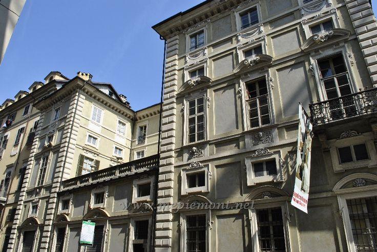 (1692) Palazzo Falletti di Barolo