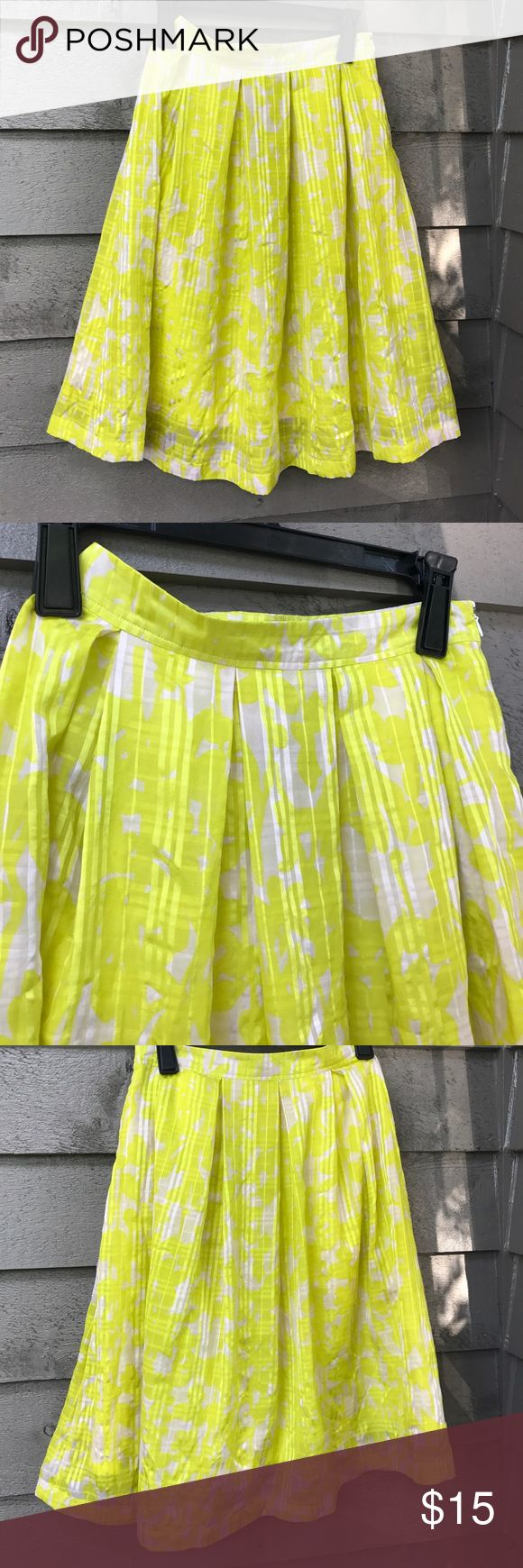 Oasis yellow & white shirt Yellow and white oasis skirt the skirt has two small not noticeable spots ( see pictures) this skirt is discounted based on that oasis  Skirts