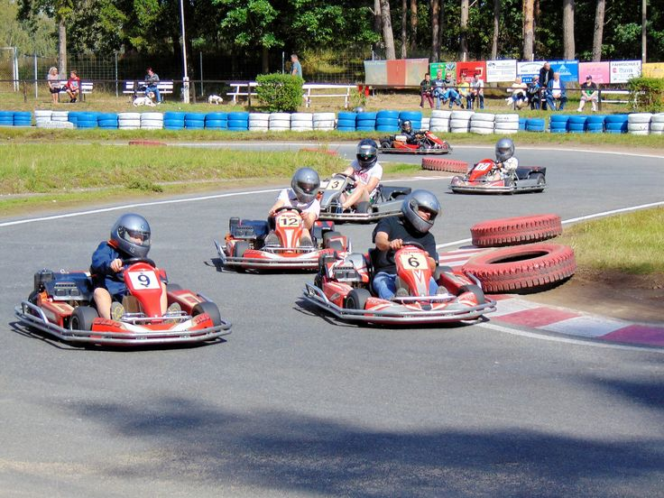 """You have the ability to change, grow & overtake. Don't get bitter - Decide to get better."" 5 Reasons why Sales is Like .... Go Karting article on @LinkedInPulse by @VardaKreuz https://www.linkedin.com/pulse/5-reasons-why-sales-likego-kart-racing-chris-murray @LinkedIn #Sales"