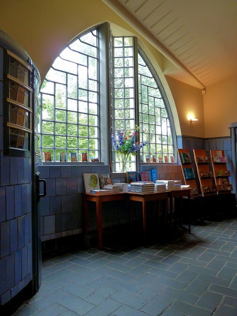 The Amsterdam School - Post Office Interior by Amsterdam Today, via Flickr
