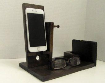 Décor de bureau Smartphone dock Smartphone par DesignWoodenGadget