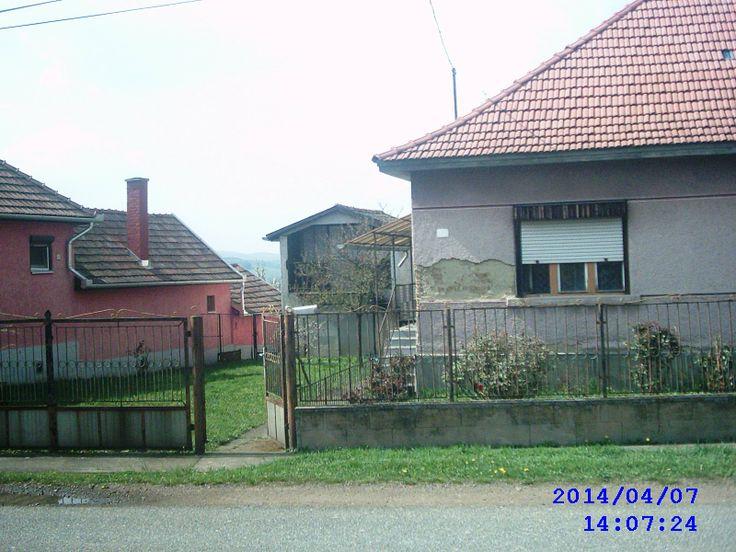 Eladó 2 szobás családi ház-Mátraderecske. http://matraderecskeingatlan.webnode.hu/products/matraderecske-foutcajahoz-kozel/