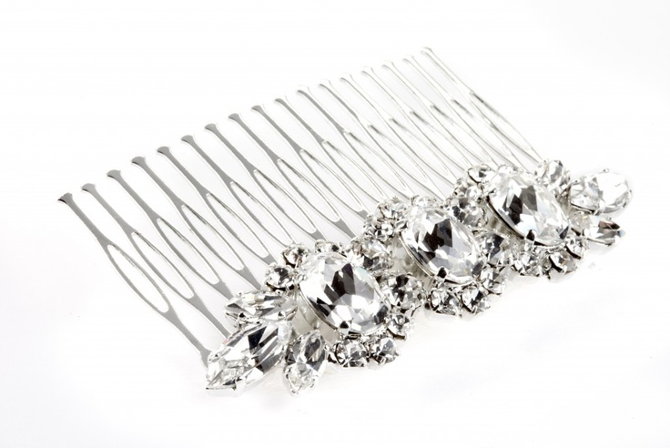 Silver plated comb, Swarovsky Crysta//Pettine in ottone argentato, strass Swarovsky Crystal  € 58,00  #wedding #bride #hair