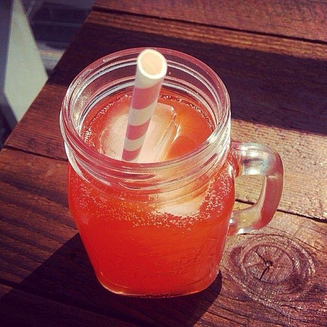 Cheers to the weekend! #TGIFizz (Photo by @lady_jar_jar)