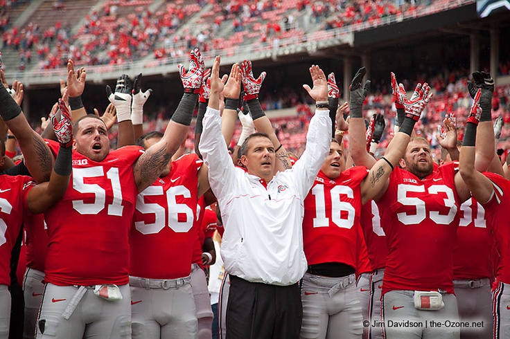 Urban Meyer celebrates with his team after the Buckeyes beat UAB. Photo by Jim Davidson of TheOzone.net. Gallery: http://photo.the-ozone.net/