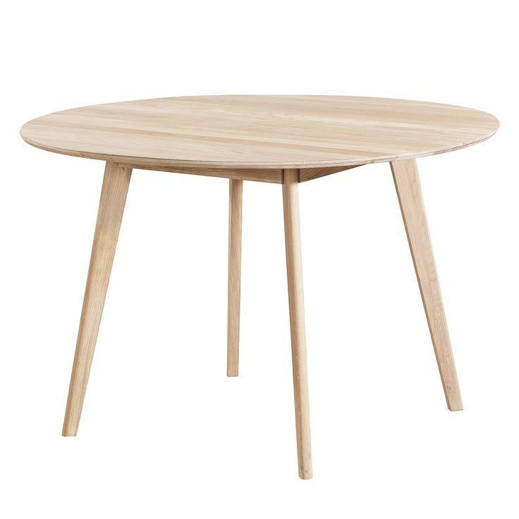 Nordik matbord i matt vitlackerad ek från Select21. En stilrent och modernt bord med skandinavi...