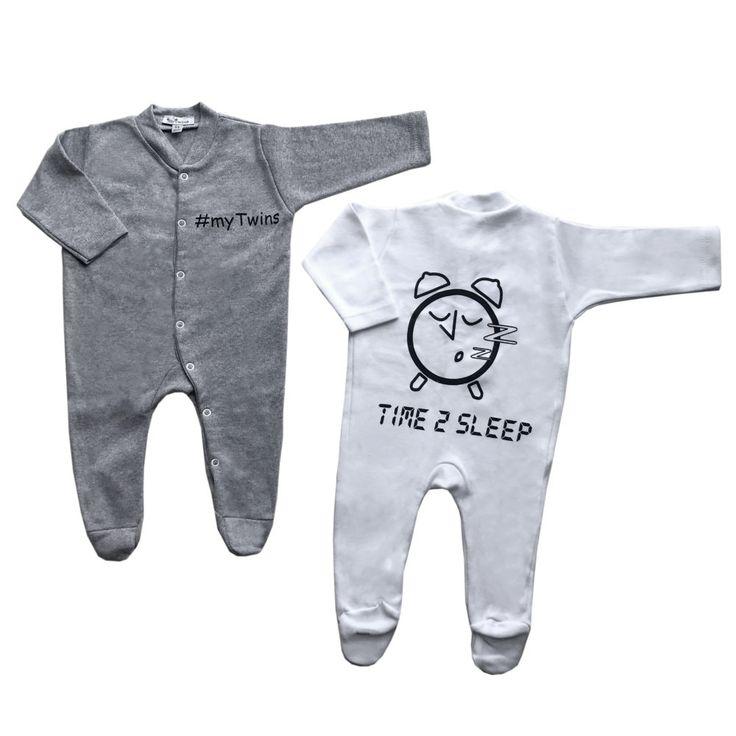 Νέα μακρυμάνικα ολόσωμα φορμάκια ύπνου για δίδυμα μωράκια. Σε λευκό και γκρι χρώμα με τύπωμα στην πλάτη Time 2 Sleep!