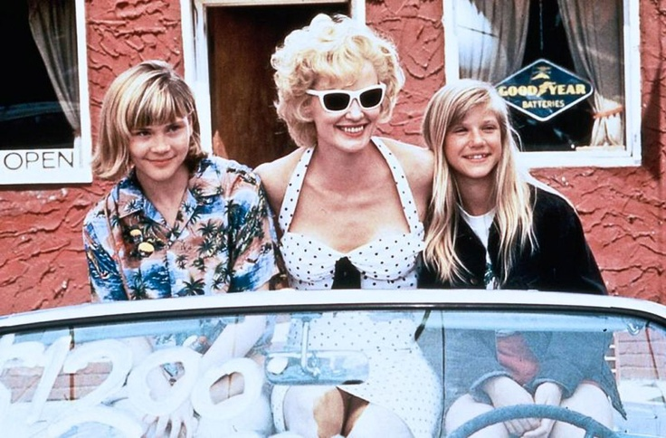 Jessica Lange with Amy Locane & Anna Klemp - Blue Sky (1994)