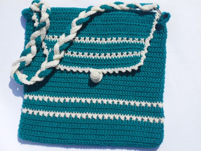 ... bags/ sewn bags on Pinterest Crocheted bags, Bags and Crochet purses