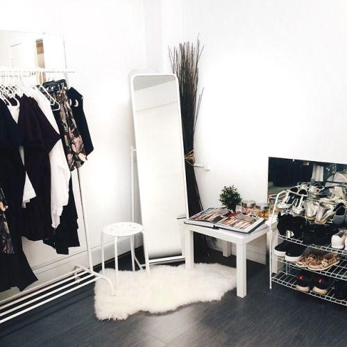 Idéias para quarto sem guarda roupa