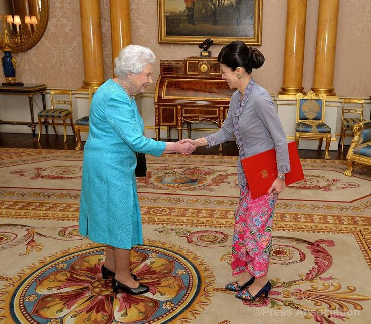 The Queen receives Her Excellency Ms Foo Chi Hsia, High Commissioner for the Republic of Singapore to the United Kingdom