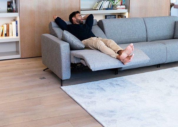 Canape Relax Design Les Plus Beaux Modeles Pour Un Salon Tendance En 2020 Canape Relax Cuir Center Canape Canape Blanc Cuir