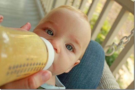 breastmilk smoothies... frozen breastmilk + peach baby food = happy baby, especially when teething!