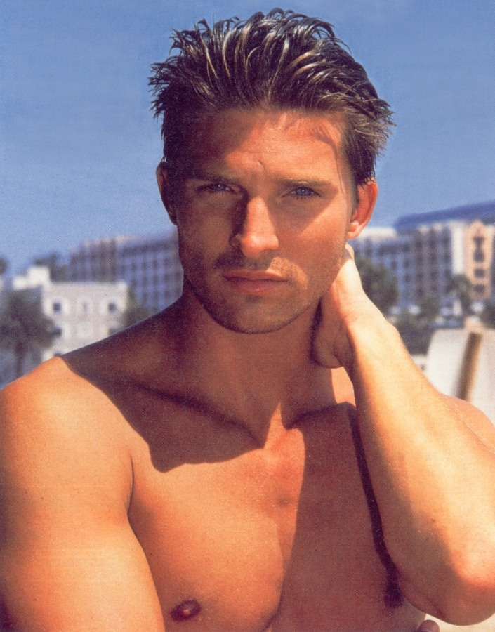 I use to watch General Hospital for this guy, and this guy only.