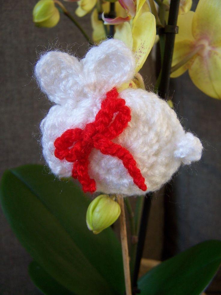 chrocheted Easter bunny