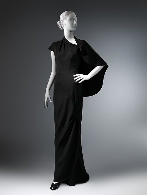 Charles James   Evening dress   James's writings indicate he conceived the design for this dress as one piece that spiraled around the body with a single diagonal seam running from the knee to the shoulder.
