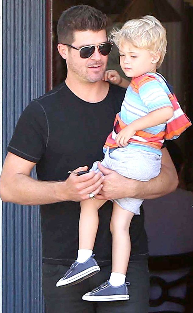 Robin Thicke & son Julian have breakfast out in West Hollywood. http://www.eonline.com/photos/6/the-big-picture-today-s-hot-pics/297122