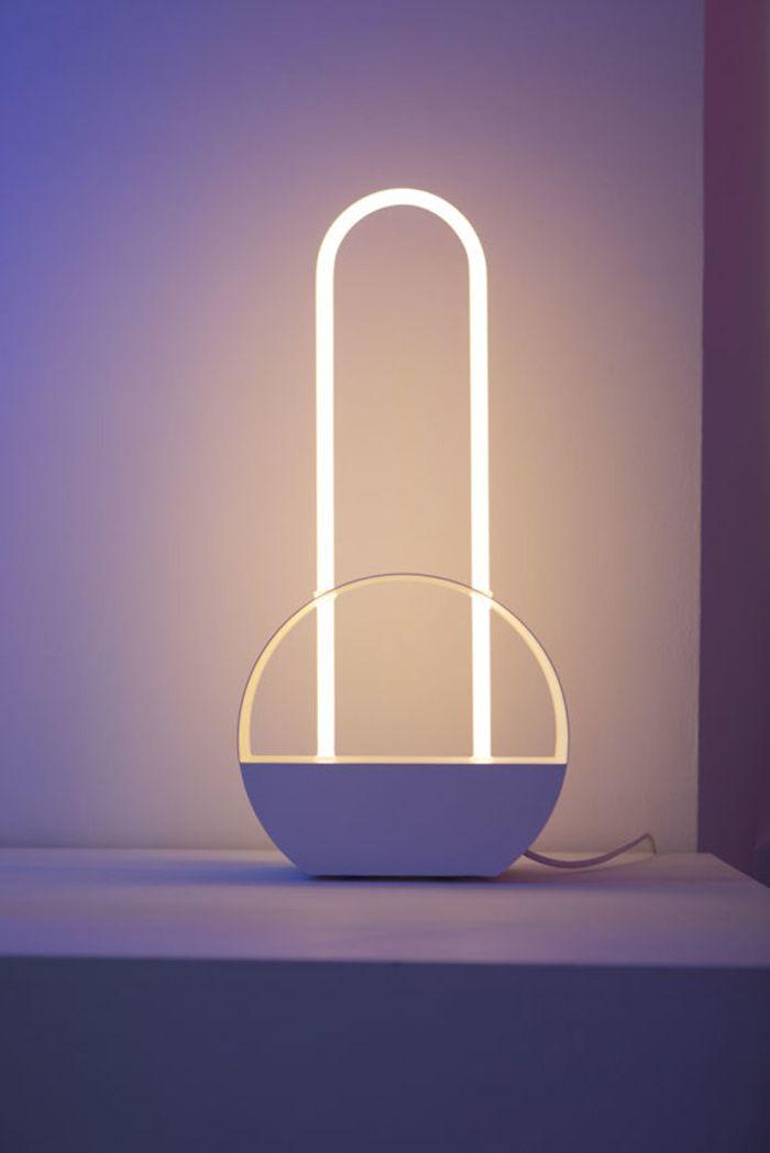 les 25 meilleures id es de la cat gorie eclairage neon sur pinterest eclairage sans fil lampe. Black Bedroom Furniture Sets. Home Design Ideas