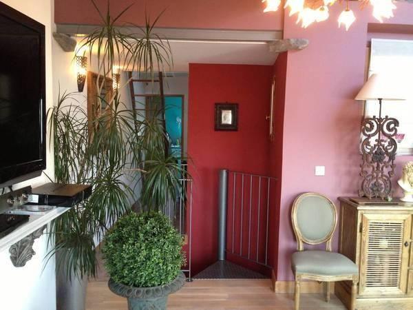 Vente appartement 4 pièces 76 m² Paris 18E - 76 m² - 585.000 euros | De Particulier à Particulier - PAP