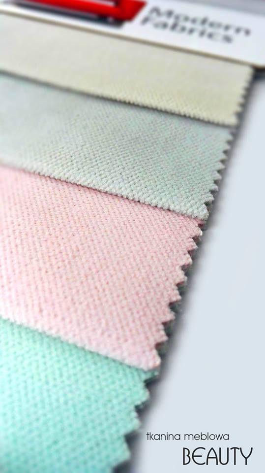 BEAUTY to niezwykle miękka i delikatna w dotyku tkanina meblowa, dostępna w 6 kolorach.   Więcej o BEAUTY: http://utn.pl/UvAbR